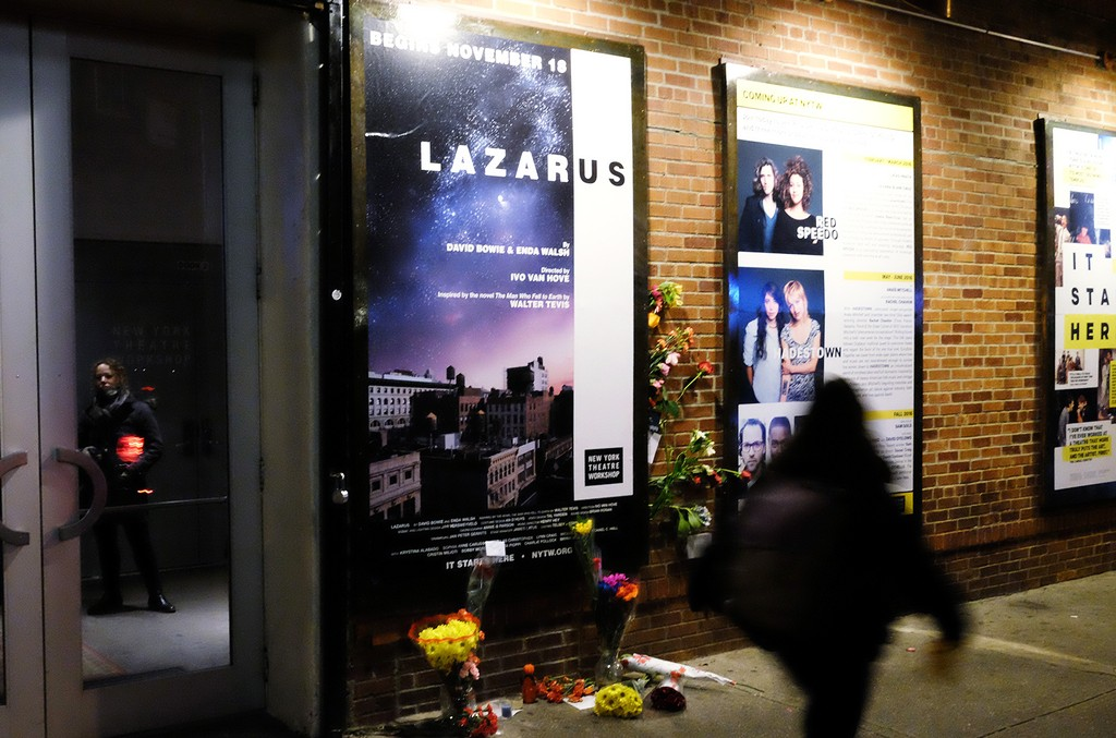 Lazarus-play-2016-exterior-billboard-1548