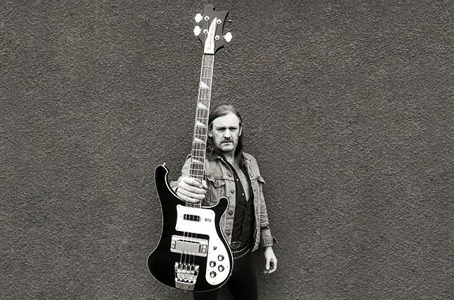 Lemmy-with-guitar-2004-billboard-650