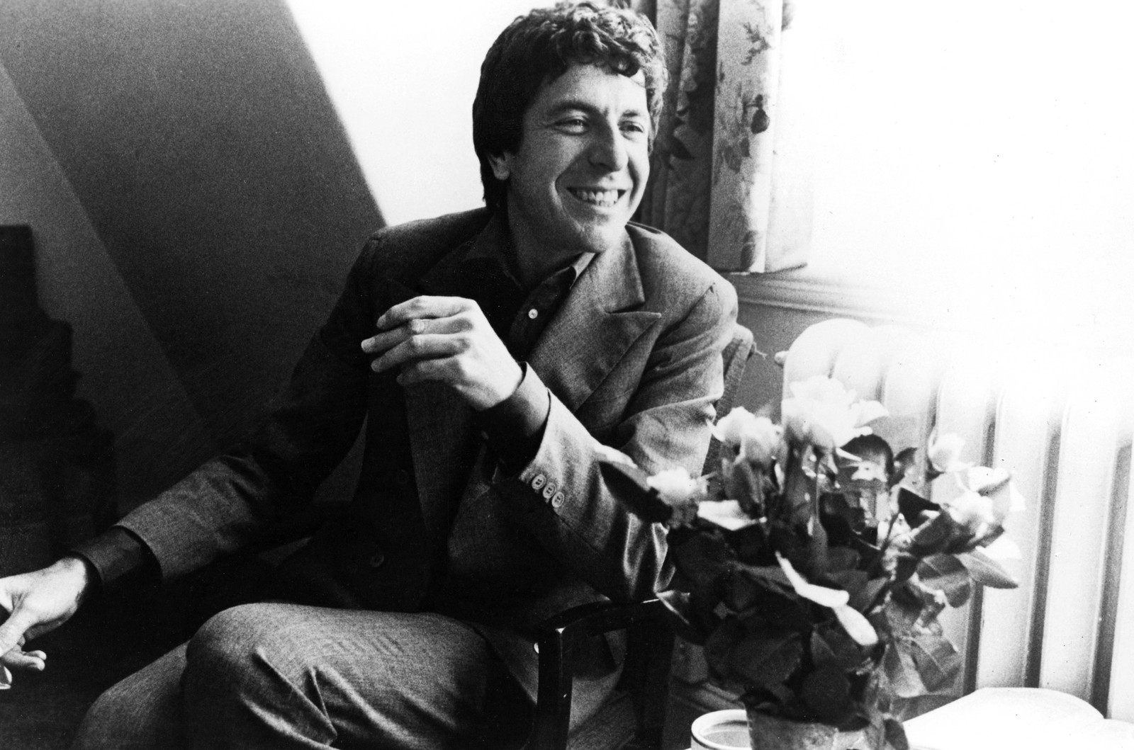 Leonard Cohen photographed in the 1960s.    Courtesy Everett Collection