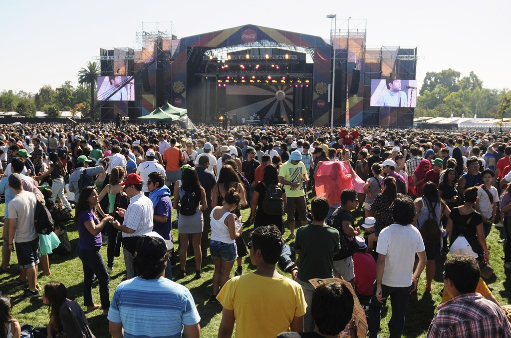 Lollapalooza-Chile-2013-billboard-1548