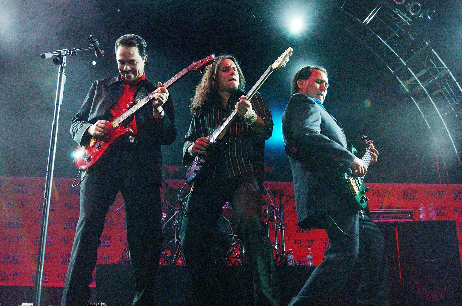 Los Temerarios Draco Rosa More Announced As Latin Songwriters Hall Of Fame 2016 Inductees Billboard Los temerarios radio plays music from los temerarios and similar artists. los temerarios draco rosa more