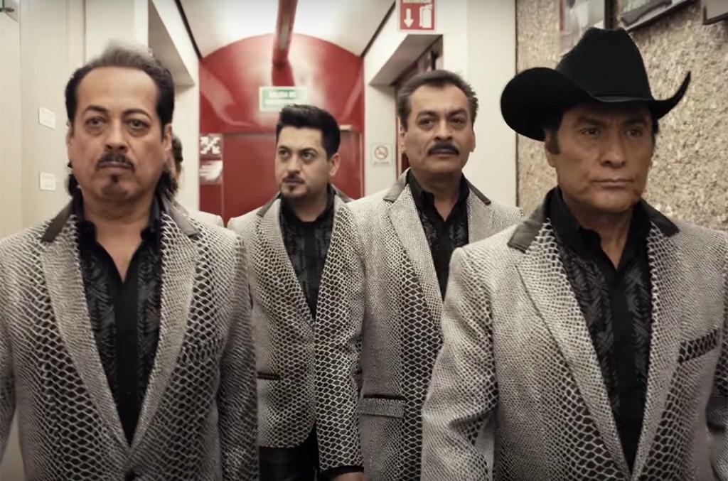 Los Tigres del Norte in the teaser for Jefes de Jefes.