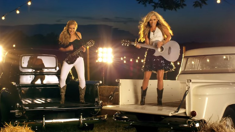 <p>Maddie &amp&#x3B; Tae &quot&#x3B;Girl in a Country Song&quot&#x3B;</p>