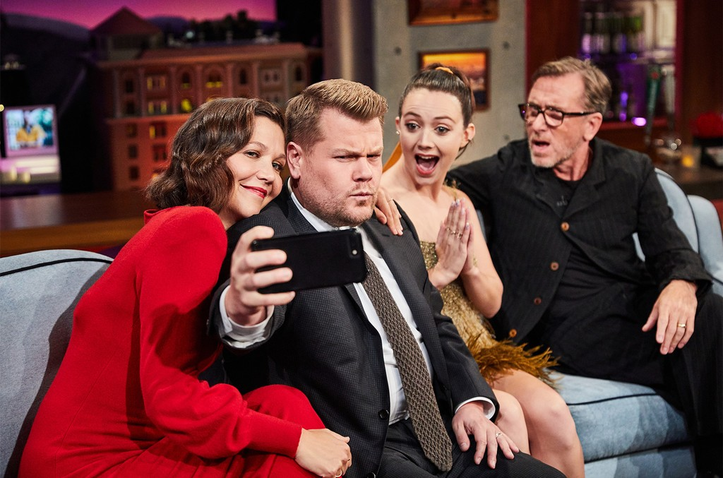 Maggie Gyllenhaal, Billie Lourd, and Tim Roth