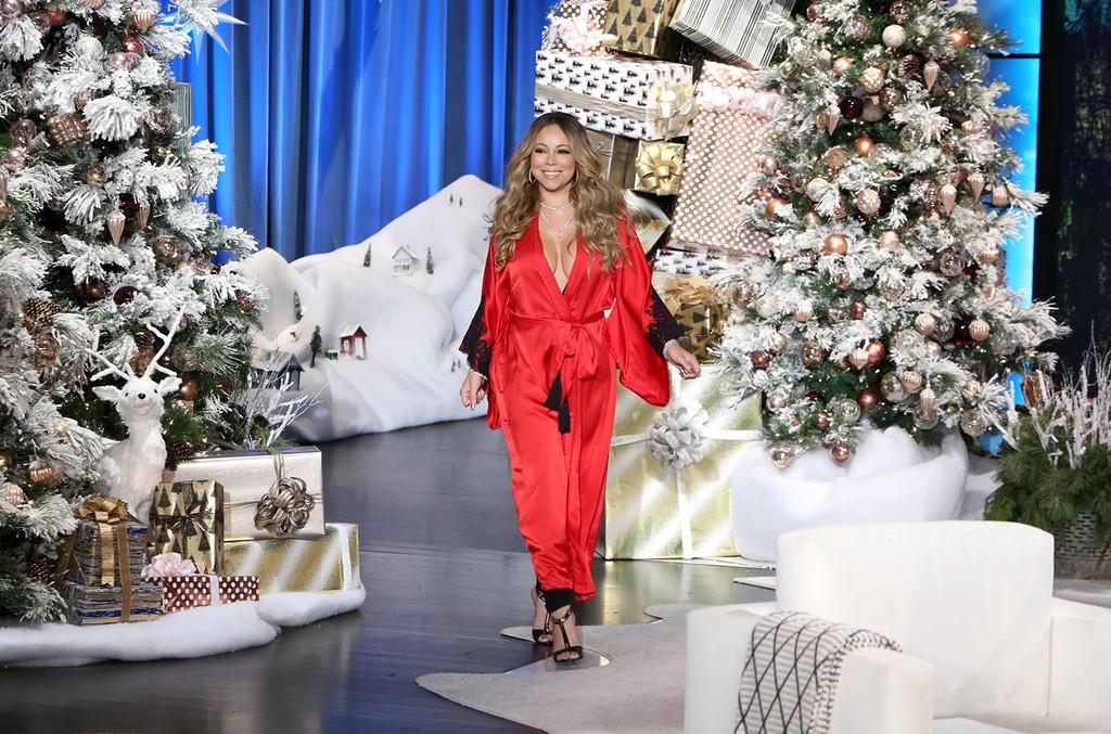 Mariah Carey makes a festive appearance on The Ellen DeGeneres Show on Nov. 23, 2016.