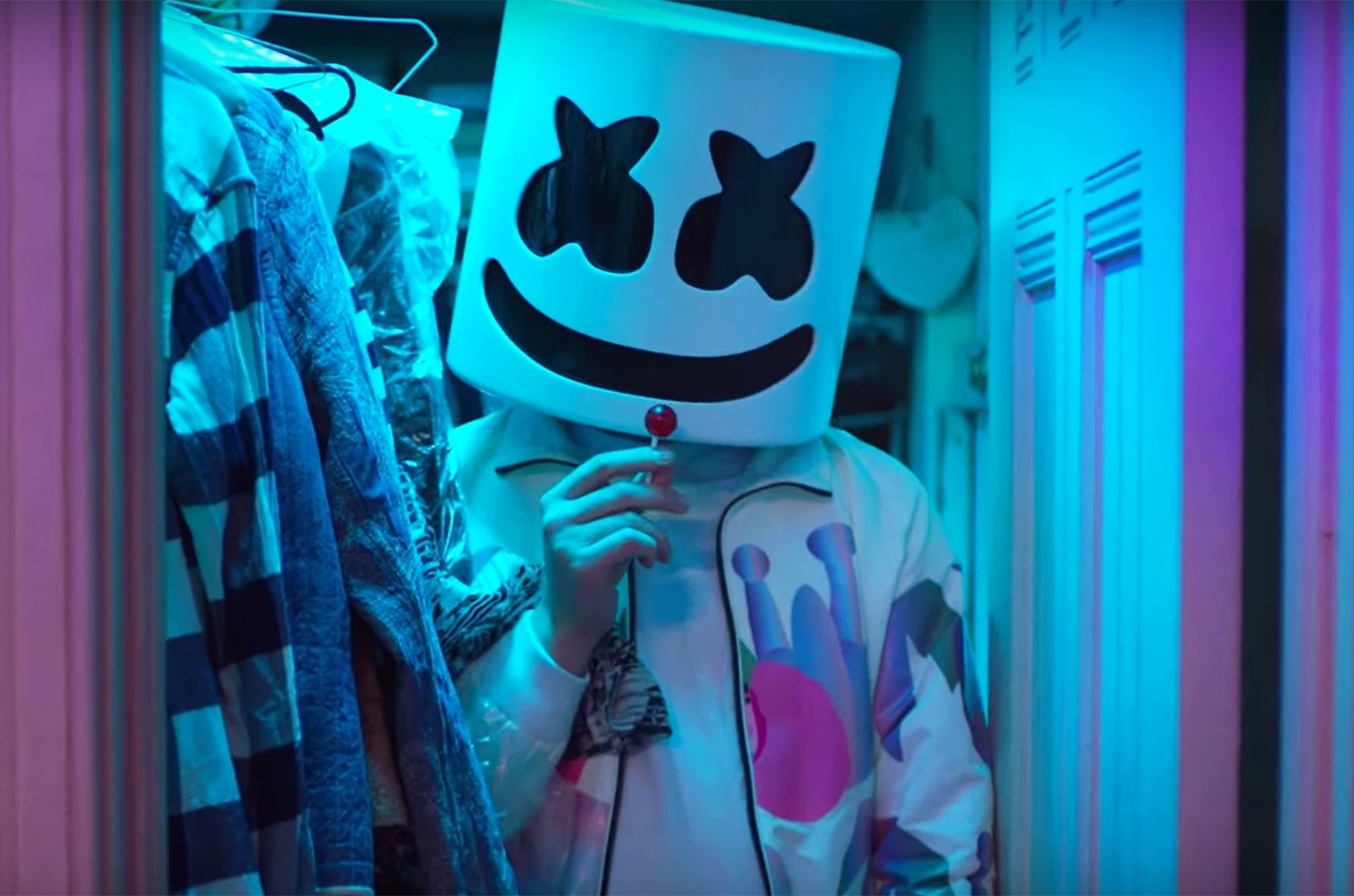 Here Are The Lyrics To Marshmello Anne Marie S Friends Billboard That said, judging from her subsequent response, it seems like eilish herself found the entire thing funny. marshmello anne marie s friends