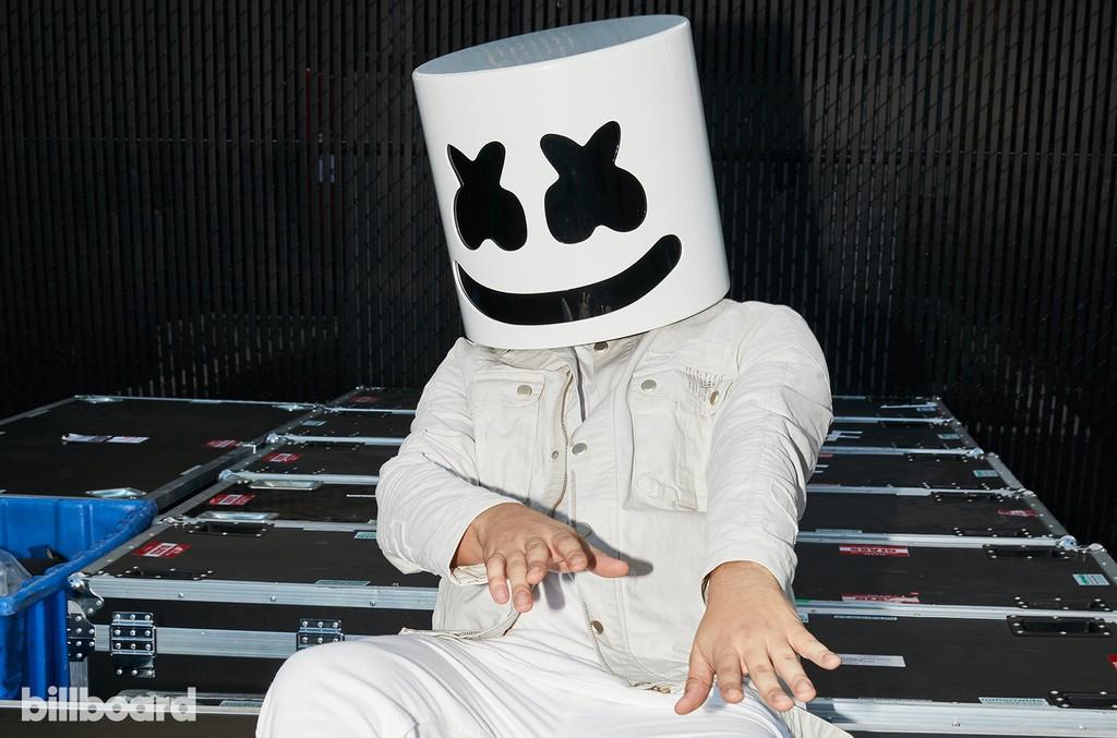 Marshmello at the Hot 100 Music Festival, 2017