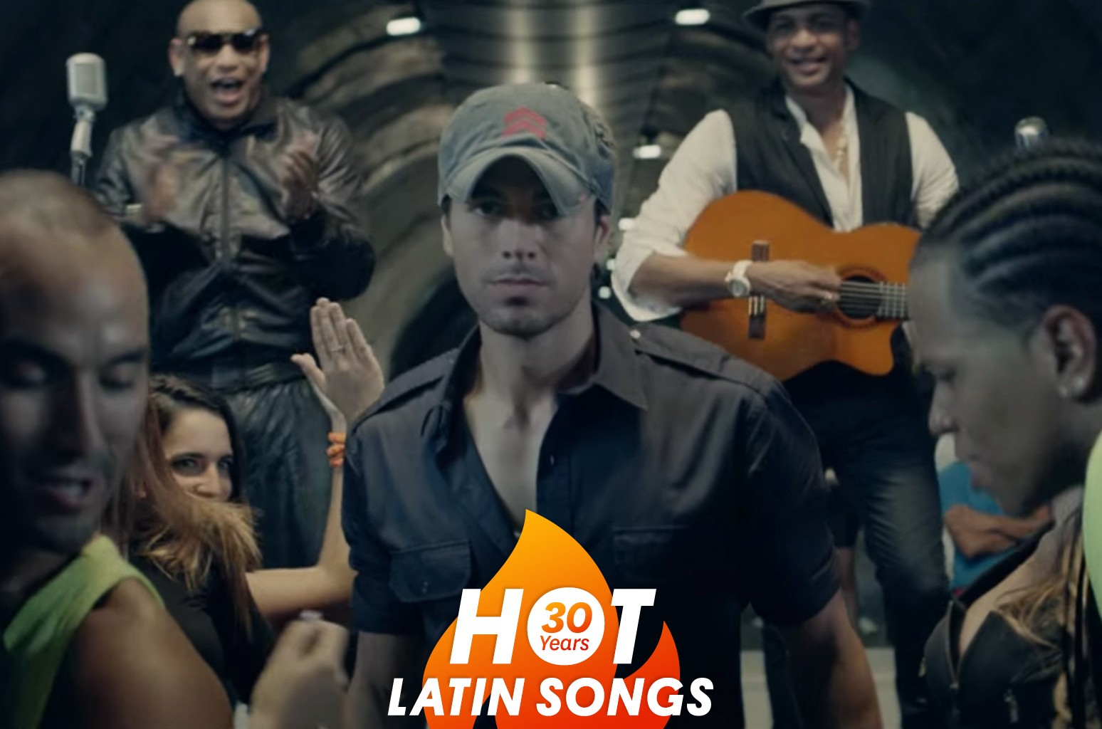 "Enrique Iglesias in the video for ""Bailando."""