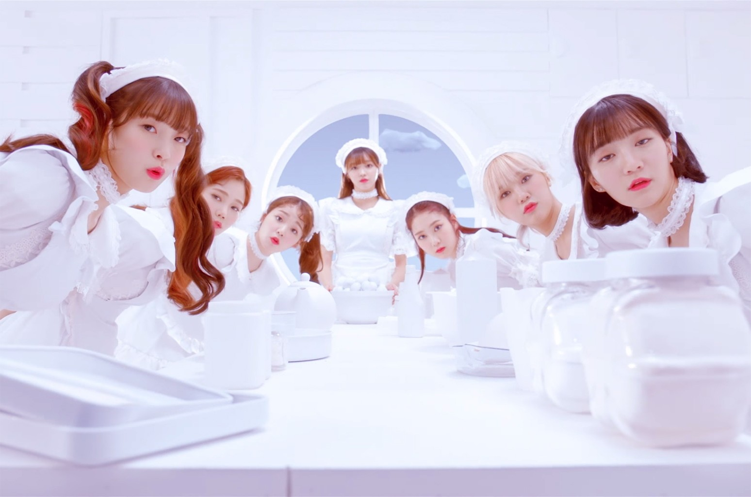"""OH MY GIRL """"Coloring Book"""""""