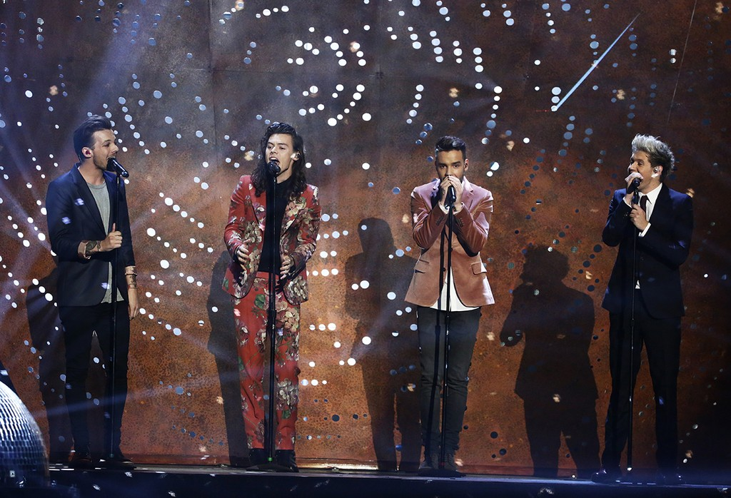 One Direction performing on The X Factor Series Finals in London on Dec. 13, 2015.
