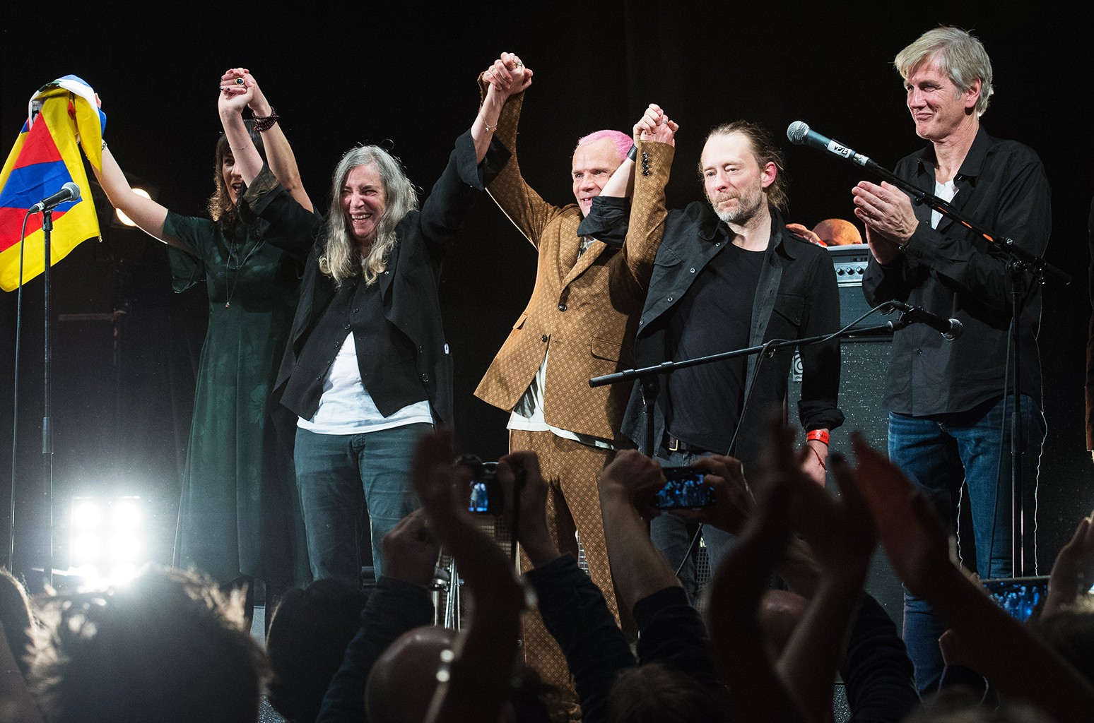 Jesse Paris Smith, Patti Smith, Thom Yorke, Flea and Tony Shanahan