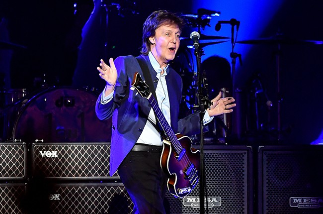 Paul-McCartney-performs-on-Opening-Night-of-the-One-On-One-Tour-2016