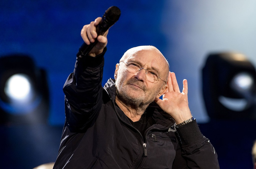 Youtube Twins Lose It During First Listen To Phil Collins In The Air Tonight Watch Billboard