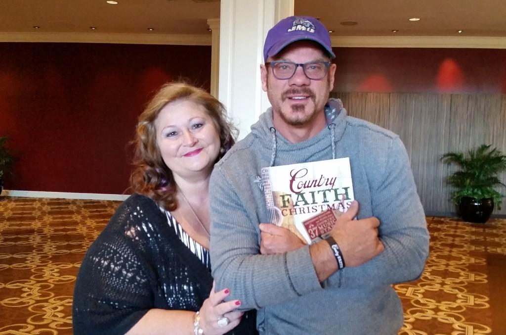 Deborah Evans Price and Phil Vassar