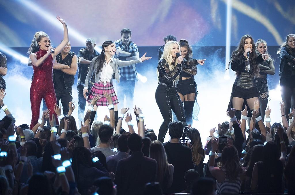Kelsea Ballerini, Sofia Carson, Jamie Lynn Spears and Hailee Steinfeld during the Britney Spears tribute at the 2017 Radio Disney Music Awards.