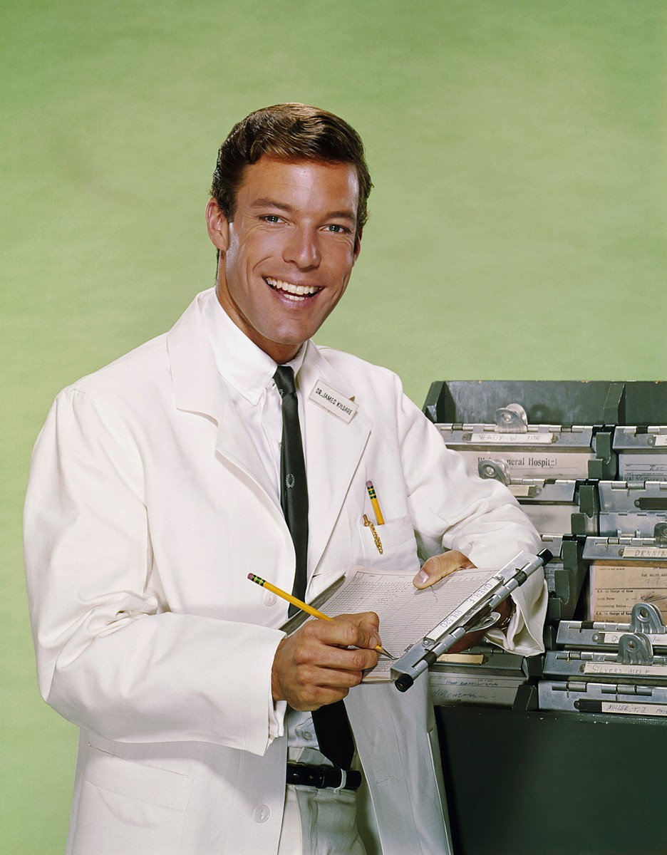 Richard Chamberlain as Dr. James Kildare