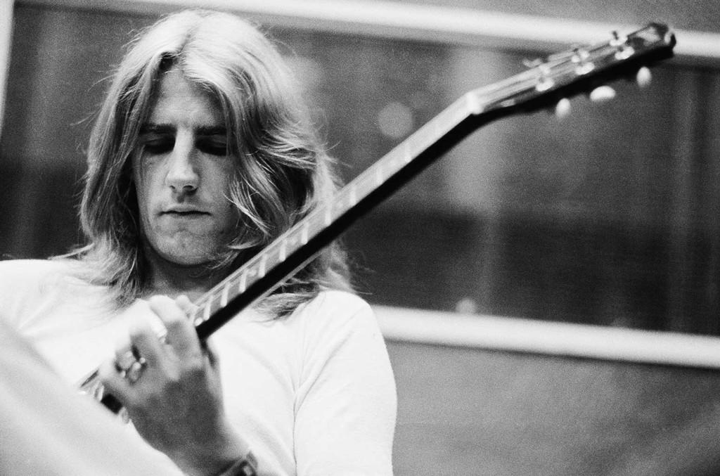 Rick Parfitt in a studio in July 1973.