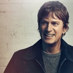 Round Hill Music Signs Rob Thomas to Worldwide Publishing Deal