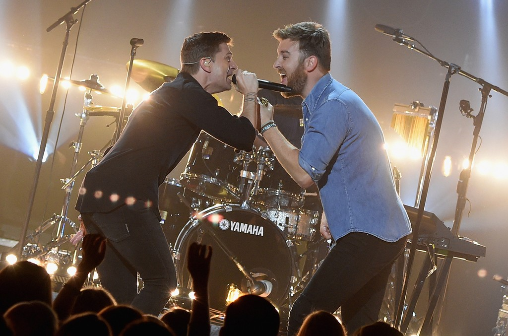 CMT Crossroads: Charles Kelley and Rob Thomas
