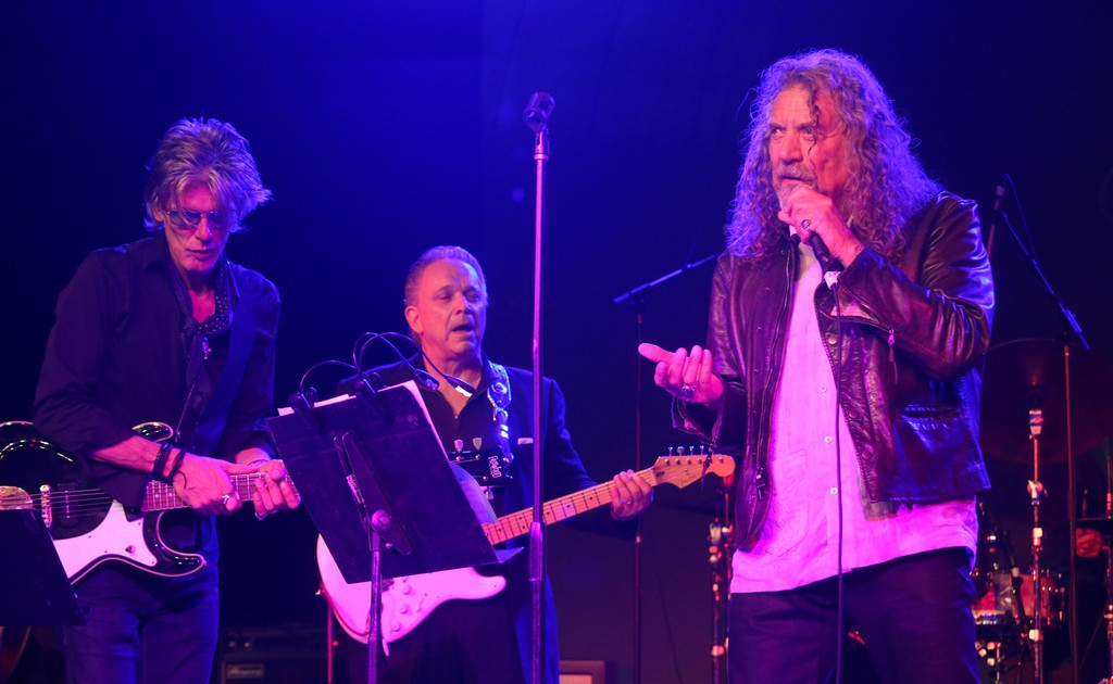 Robert Plant performs at the 2016 Austin Music Awards