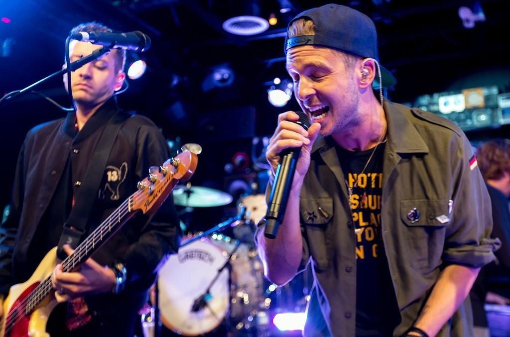 Ryan Tedder perform with OneRepublic in 2016