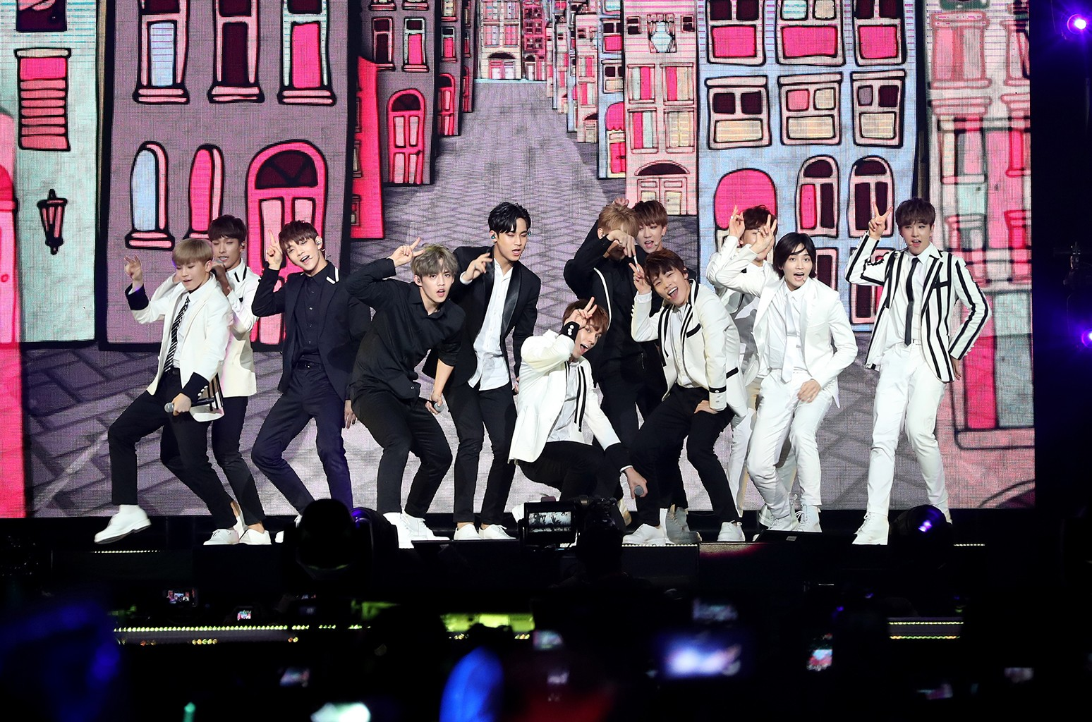 Seventeen perform at KCON 2016