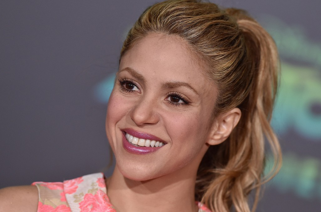 Shakira arrives at the premiere of Walt Disney Animation Studios' 'Zootopia' at the El Capitan Theatre on Feb. 17, 2016 in Hollywood, Calif.