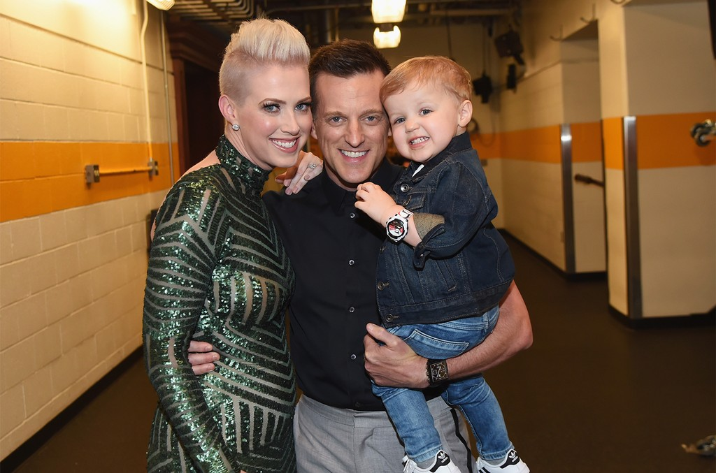 Shawna Thompson, Keifer Thompson of musical duo Thompson Square and son
