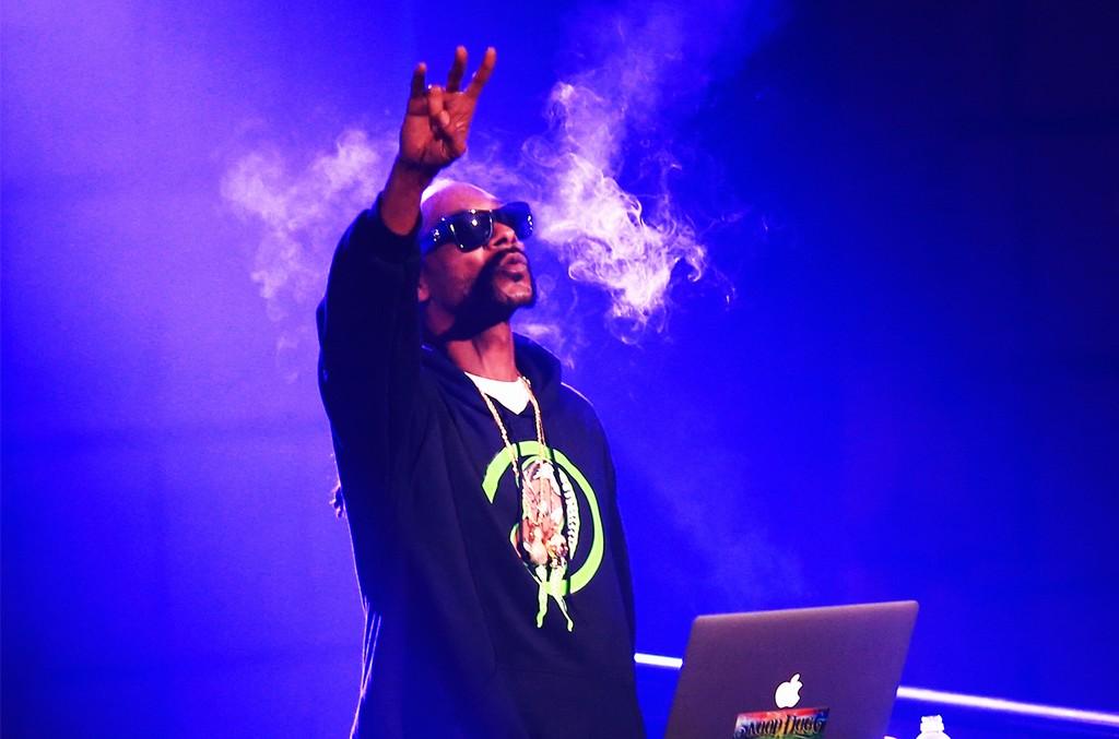 DJ Snoopadelic AKA Snoop Dogg, 2016