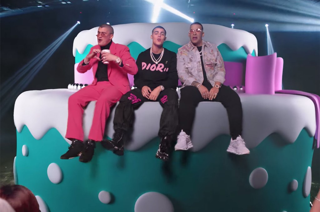 Magnificent Lunays Soltera Remix With Bad Bunny Daddy Yankee Is A New Funny Birthday Cards Online Necthendildamsfinfo