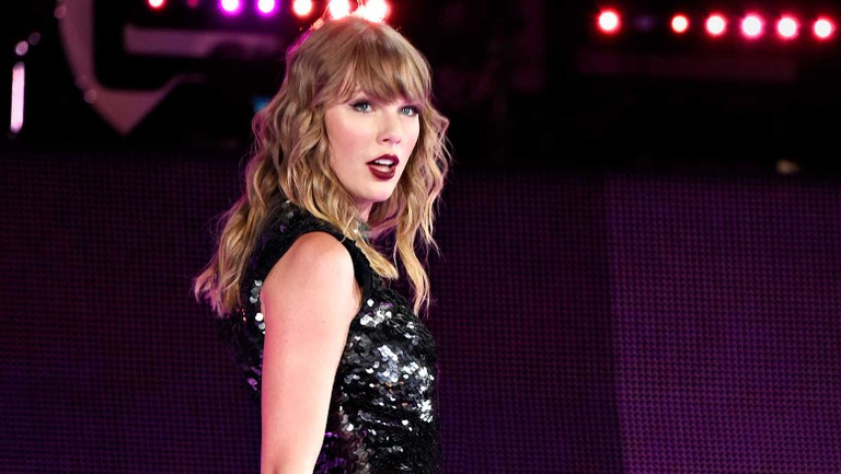 Taylor Swift S The Swift Life App To Shut Down In February Billboard