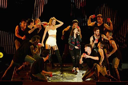 Taylor Swift, Allesia Cara