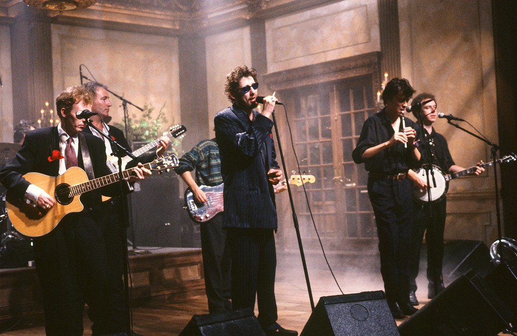 The Pogues perform on Saturday Night Live on March 17, 1990.