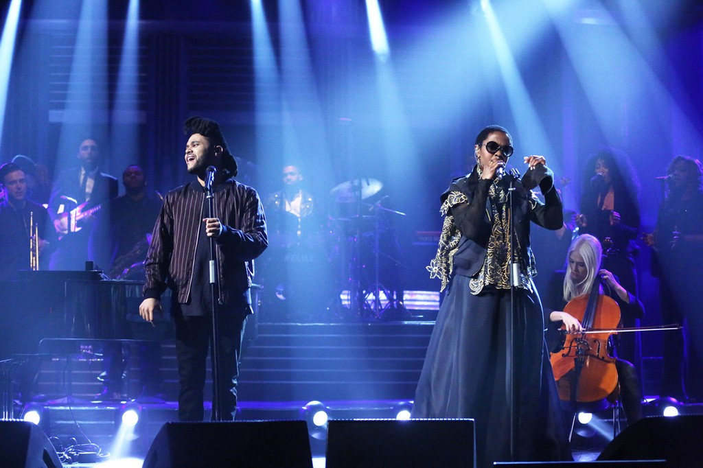 The Weeknd performs with Lauryn Hill