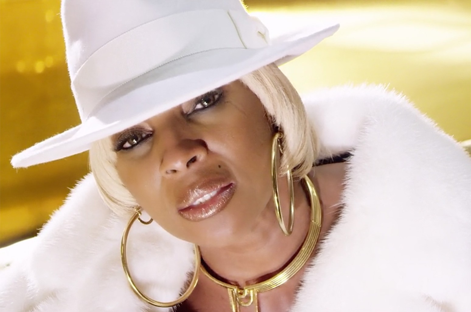 "Mary J. Blige ""Thick Of It"""