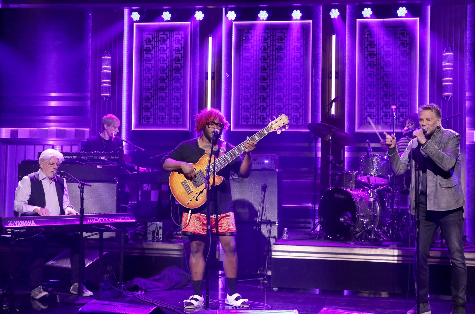"""Michael McDonald, Stephen Bruner from Thundercat, and Kenny Loggins perform """"Show You The Way"""" on The Tonight Show Starring Jimmy Fallon on  June 5, 2017."""