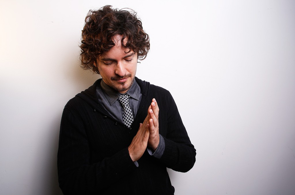 Grammy Award winning Puerto Rican producer, singer and song-writer Tommy Torres poses for a portrait, on Tuesday, Nov. 20, 2012 in New York. (Photo by Carlo Allegri/Invision/AP)