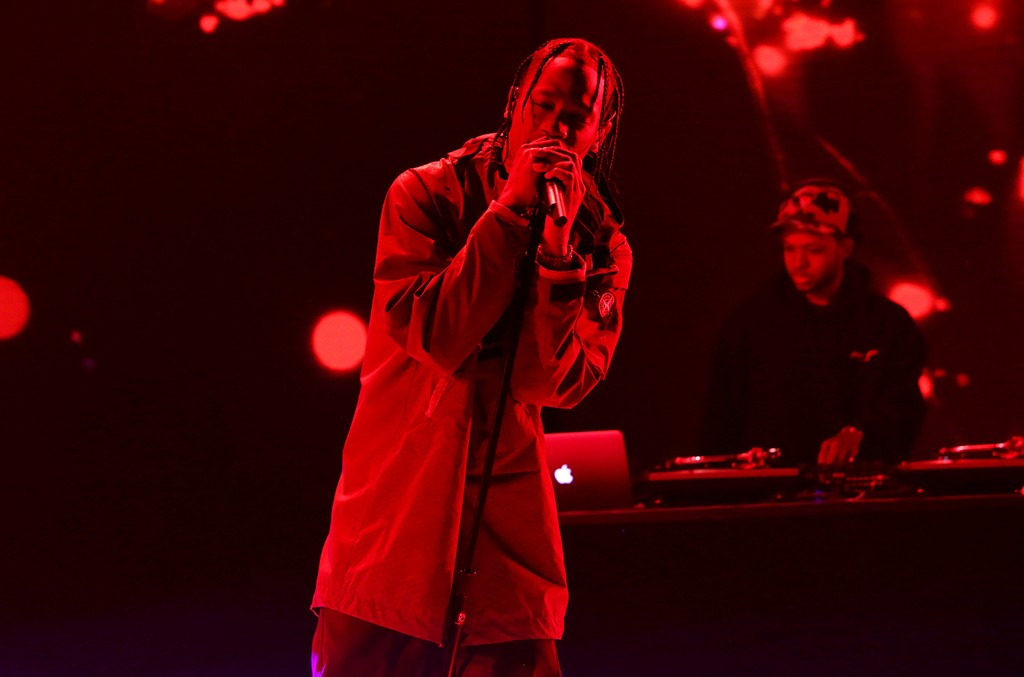 "Travis Scott performs ""Goosebumps"" on ""The Ellen DeGeneres Show"" on April 19, 2017."