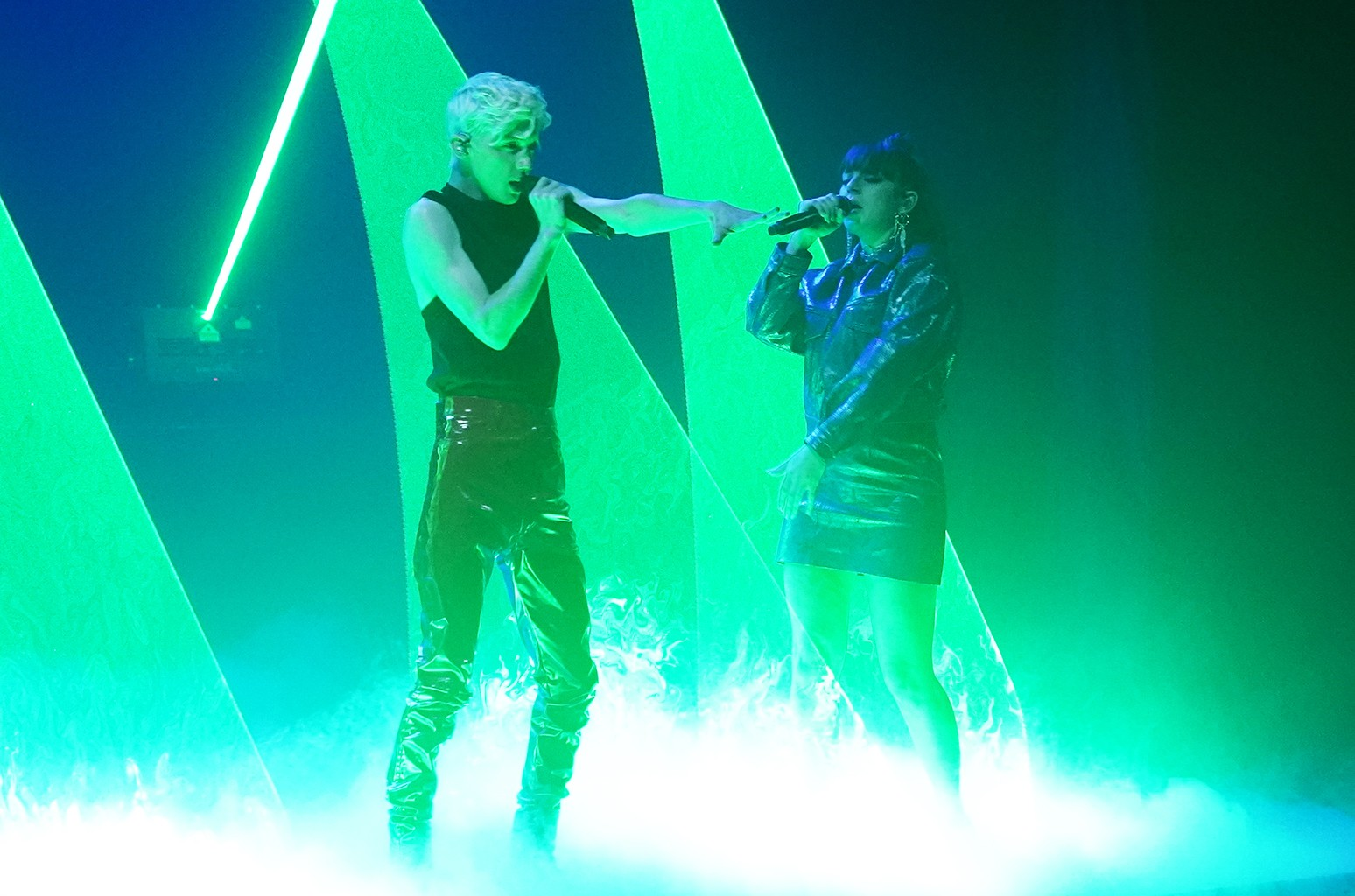 Troye Sivan & Charli XCX perform on The Tonight Show Starring Jimmy Fallon on Nov. 12, 2018.
