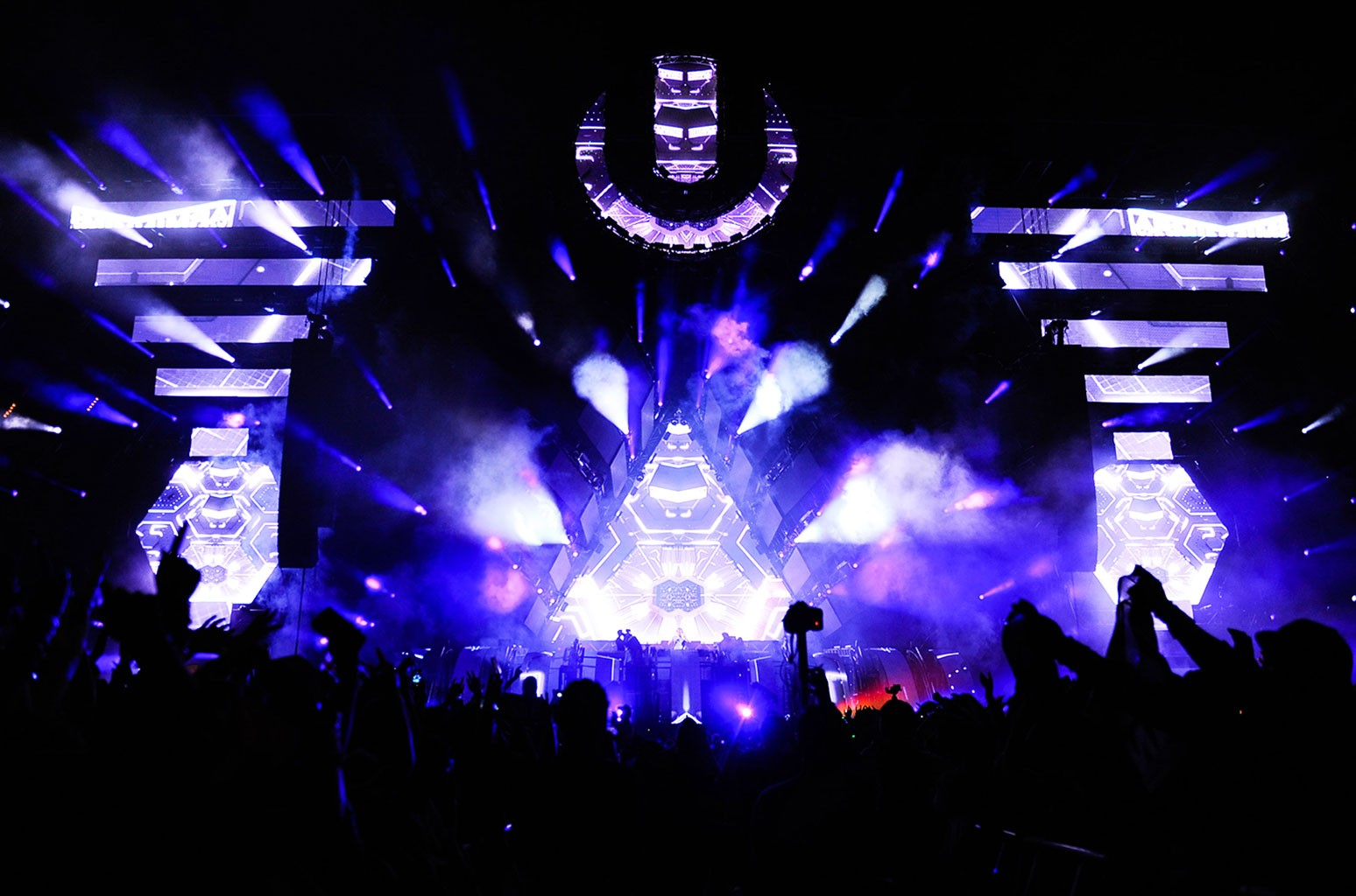 General view of atmosphere at Ultra Music Festival 2016 on March 18, 2016 in Miami.