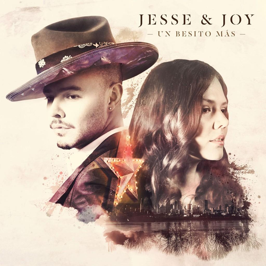 Jesse & Joy 'Un Besito Mas'