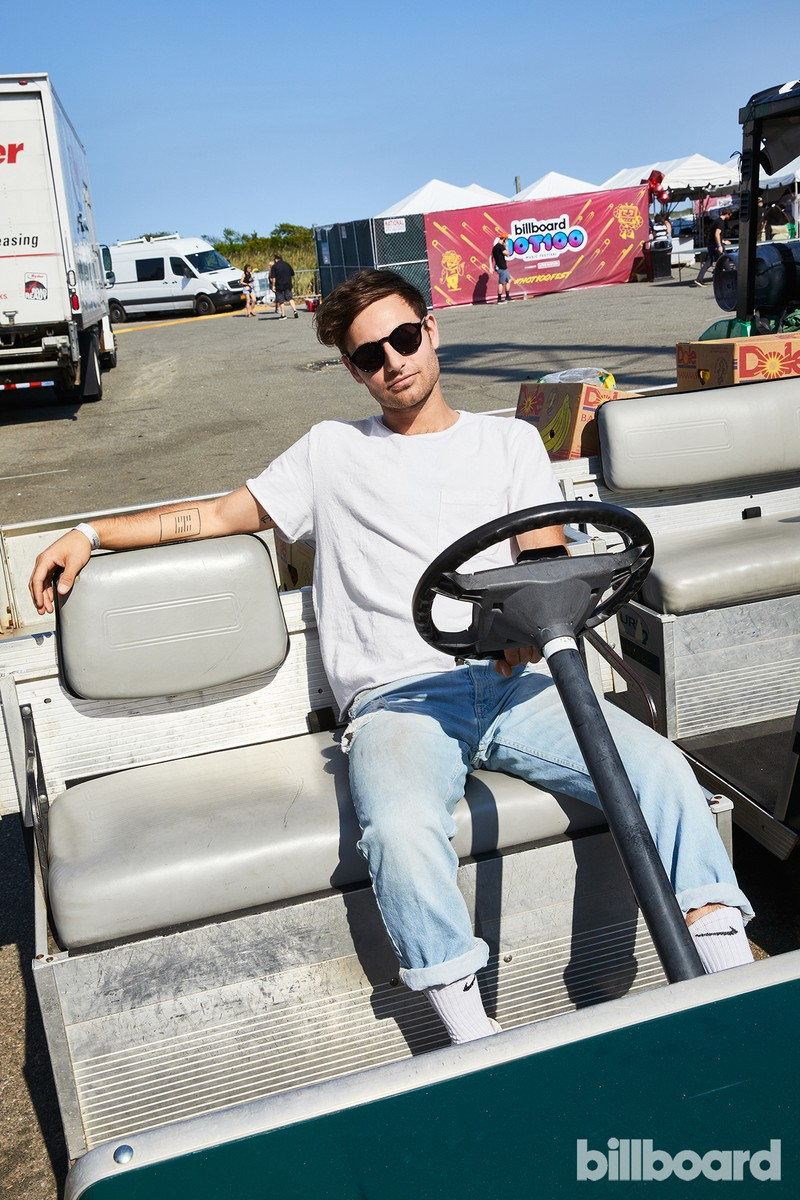 Yoke Lore at the Hot 100 Music Festival, 2017