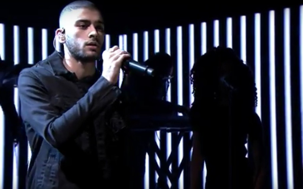 """Zayn performs on """"The Tonight Show"""""""