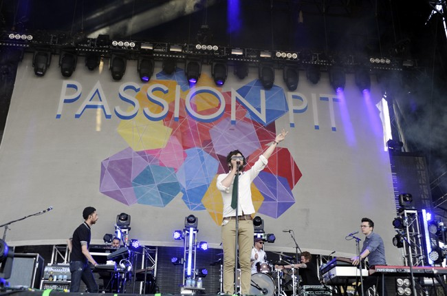 acl_2013_passionpit_650_32