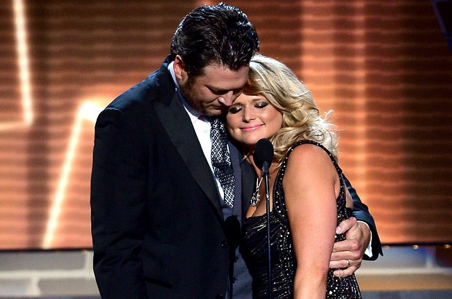 acm-awards-2013-blake-shelton-miranda-lambert-650-430