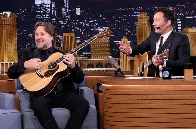 Actor Russell Crowe sings with host Jimmy Fallon