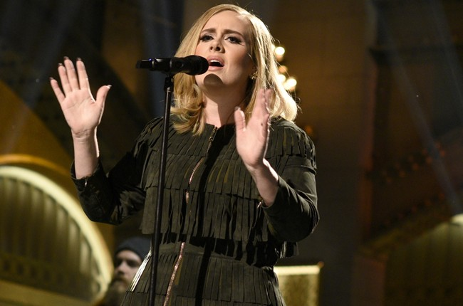 Adele performs on Saturday Night Live