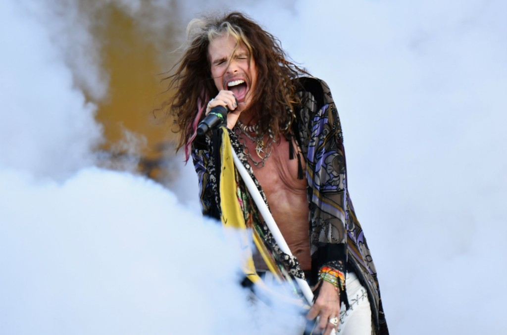 Steven Tyler of Aerosmith performs onstage during Day 6 of the 2018 New Orleans Jazz & Heritage Festival at Fair Grounds Race Course on May 5, 2018 in New Orleans, Louisiana. Jeff Kravitz/FilmMagic.
