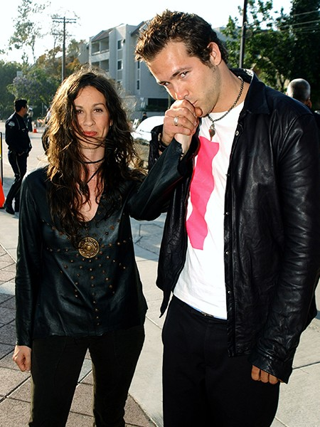 alanis-morissette-and-ryan-reynolds-2003-couples-billboard-450