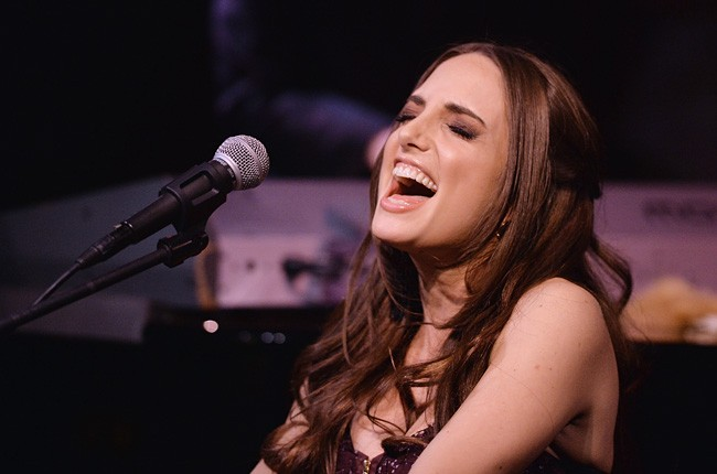 Alexa Ray Joel Collapses During Nyc Show Billboard